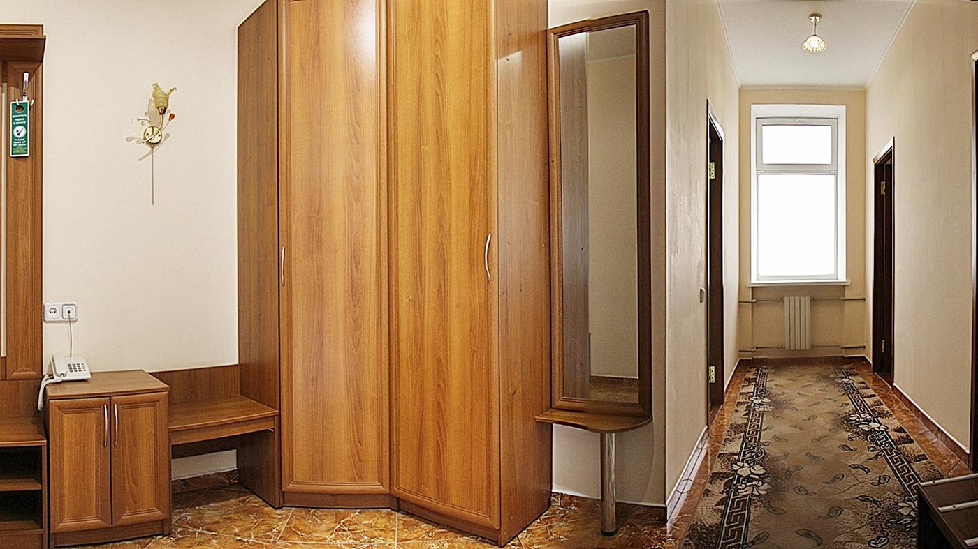 2-комнатный 2-местный номер ЛЮКС большой (3 звезды), корпус № 1 (Центральный 9-этажный)
